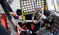 В кабине гоночного грузовика